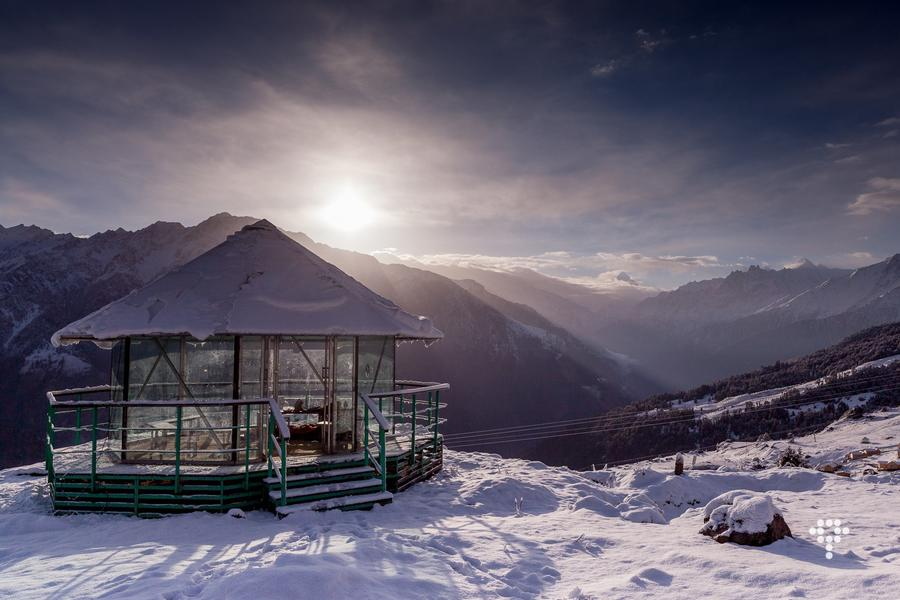 Glass House Auli