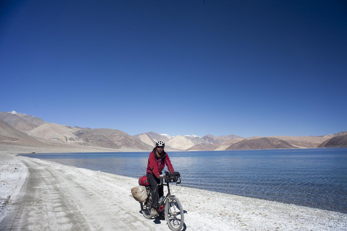 Cycling around the Pangong Lake in Ladakh
